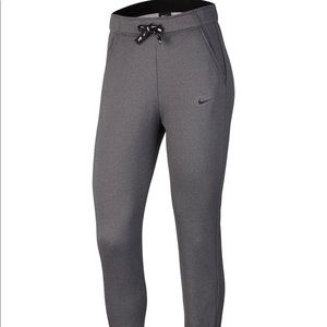 Women's Nike Therma Fleece Tapered Training Pants